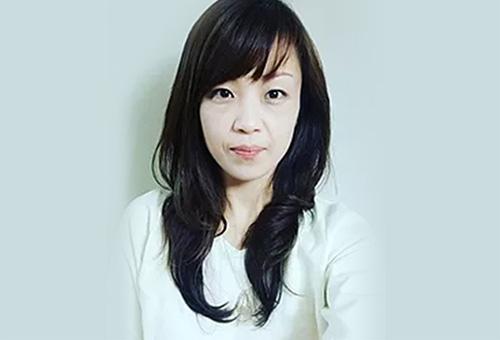 西村 光香